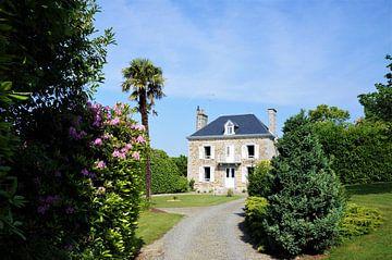 Normandisch huis met tuin van Sandra van der Burg