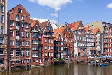 Historische Bürgerhäuser in der Deichstraße am Nikolaifleet, Hamburg, Deutschland, Europa von Torsten Krüger