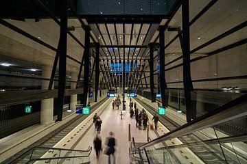 Perron van het treinstation Delft van
