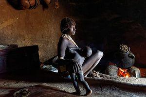 karo vrouw met kind