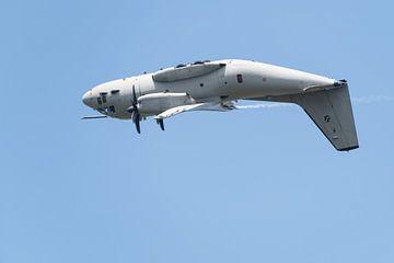 Alenia C-27J Spartan kan onderste boven vliegen van