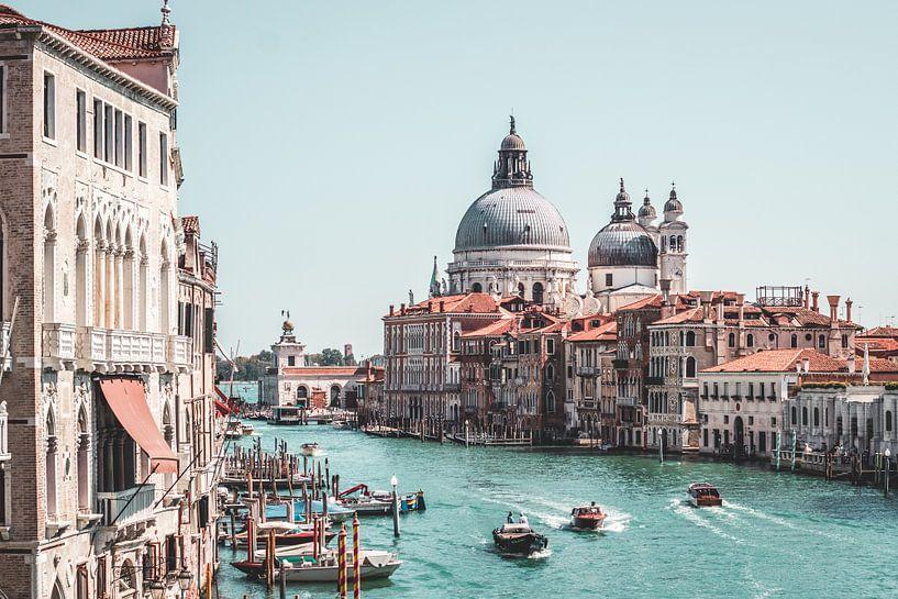 Canal Grande in Venetië, Italië van Expeditie Aardbol