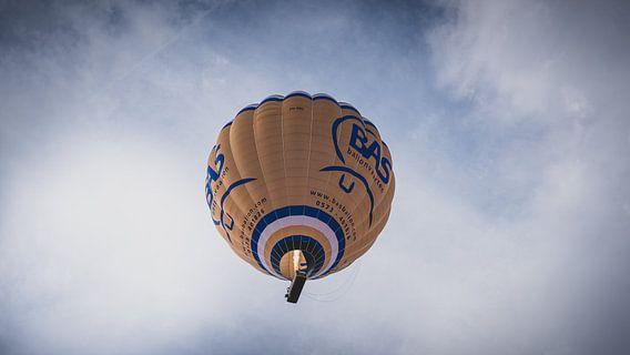 Luchtballon op een mooie zondag