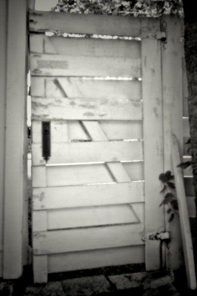 Pinhole deur 3145 van Rudy Umans