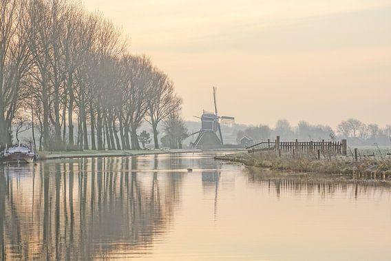 landschap met waterspiegeling