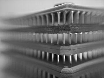 gestapelte Mikrochips von Andreas Merchel