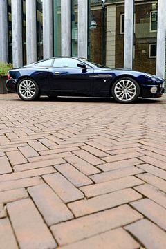 Aston Martin Vanquish sportwagen van Sjoerd van der Wal