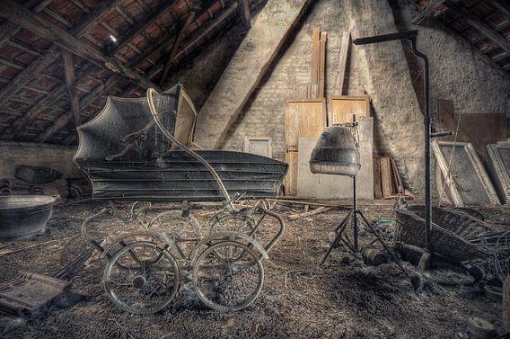 Urbex - Kinderwagen van Angelique Brunas