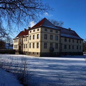 Schloß Strünkede im Schnee von Christiane Schulze