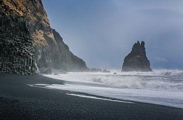 Aan de kust bij de basaltrotsen von Jo Pixel