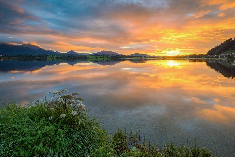 Sunset at Hopfensee van Michael Valjak