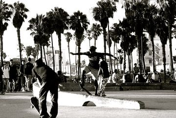 Skate at Venice Beach, California van Samantha Phung
