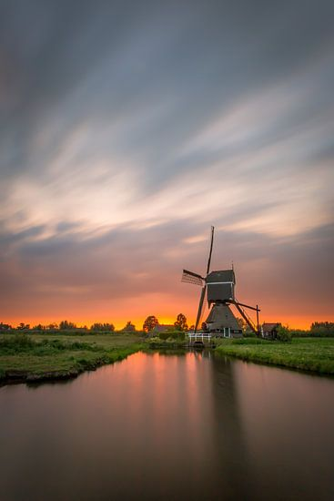 Zonsondergang molen van Richard Reuser