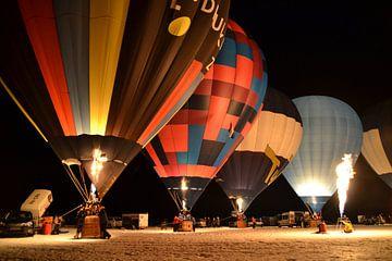 nightglow in inzell met hotairballoons van tiny brok