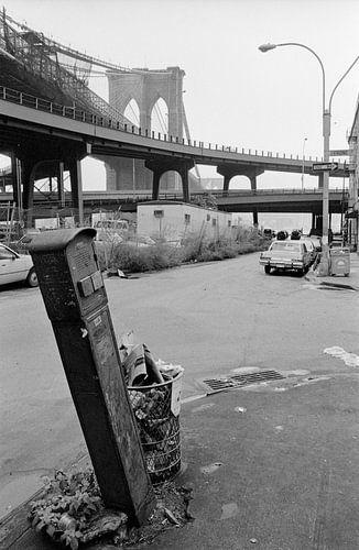 New York - Brooklyn Bridge van Raoul Suermondt