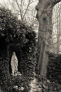 Lourdesgrot von Raoul Suermondt