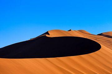 Düne 45 im Sossusvlei in Namibia von Annette Roijaards