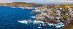 Panorama van de Ierse kustlijn