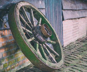 Vieille roue sur Erwin Heuver
