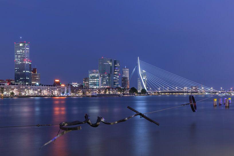 Het Maasbeeld met het zicht op het Noordereiland in Rotterdam van MS Fotografie | Marc van der Stelt