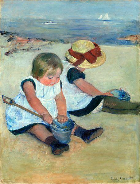 Kinderen die op het strand spelen, Mary Cassatt van Liszt Collection