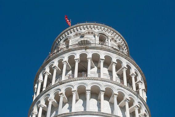Close-up van de scheve toren