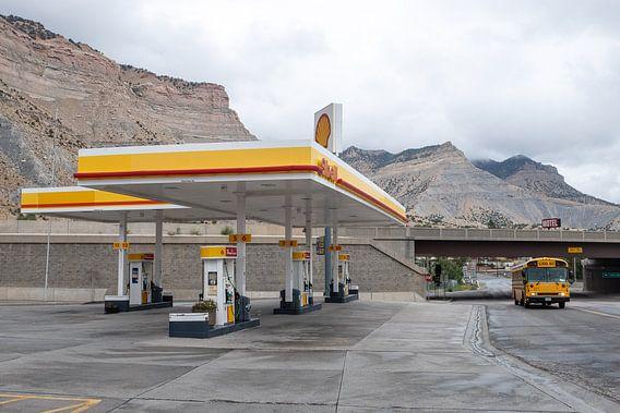 Tankstation in de woestijn