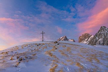 "Berglandschaft ""Abendrot im Winter"" von Coen Weesjes"