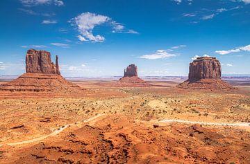 """Monument Valley """"Ein Cowboy- und Indianer-Dekor"""" von Jeroen Somers"""