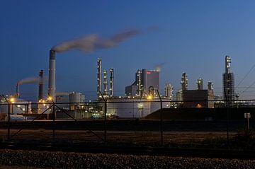 Industrie op de Maasvlakte bij Rotterdam sur Esther Seijmonsbergen