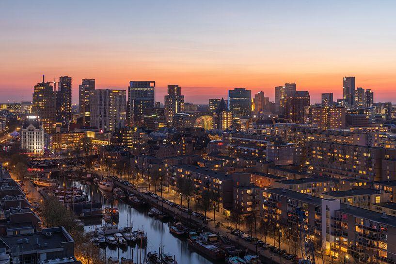 De Rotterdamse binnenstad tijdens zonsondergang van MS Fotografie | Marc van der Stelt