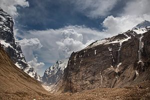 Nepal, Dhaulagiri Circuit van