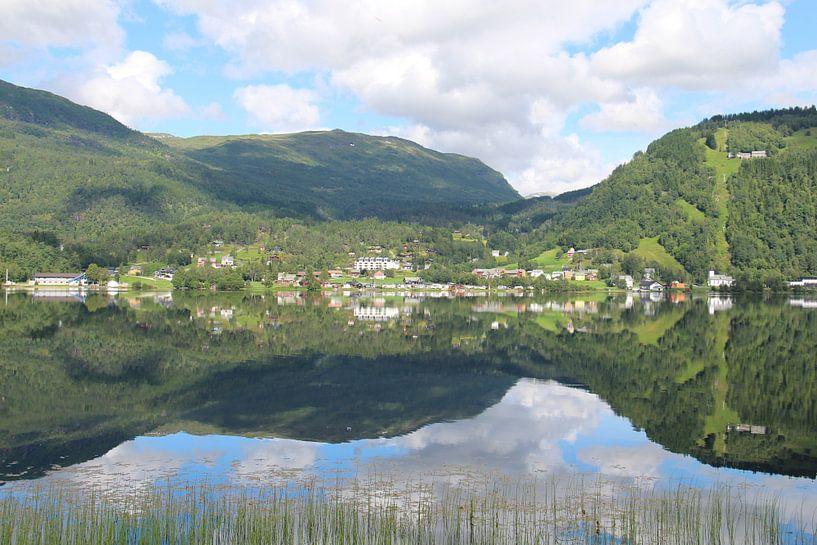 Reflection in Norway von Anouk Davidse
