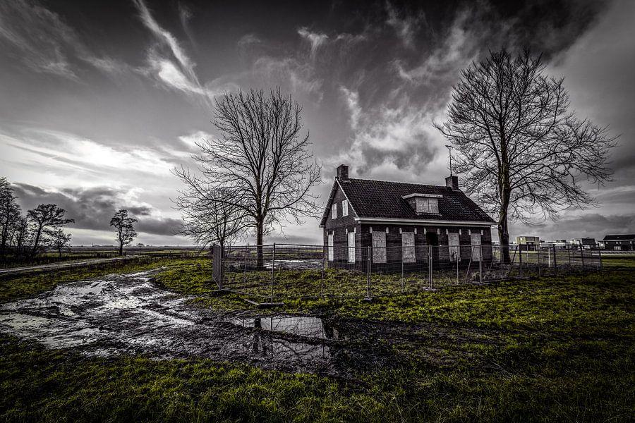 Abandoned  van Arjen Dijk