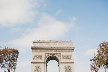 Arc the Triomphe in de herfst | Reisfotografie Frankrijk, Parijs van Amy Hengst