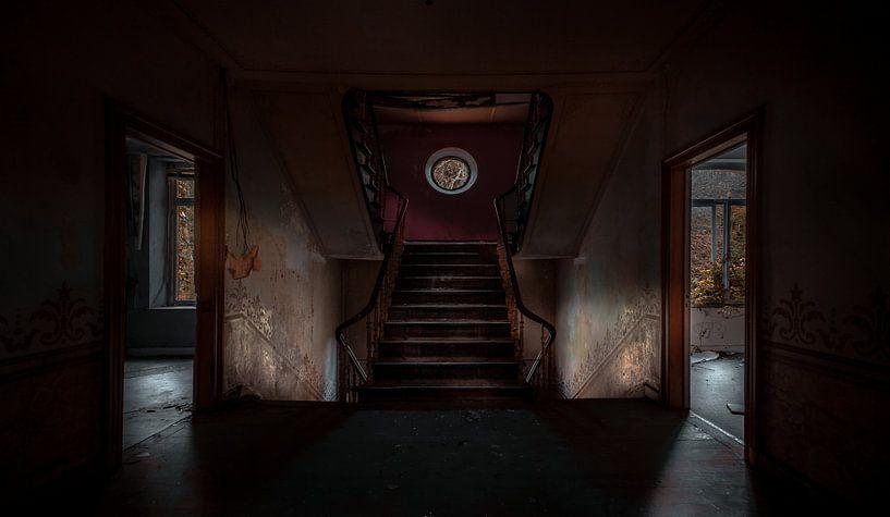 Symmetrisches Treppenhaus von Olivier Photography