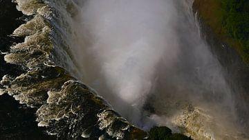 Uitzicht in de monding van de Victoria watervallen in Afrika