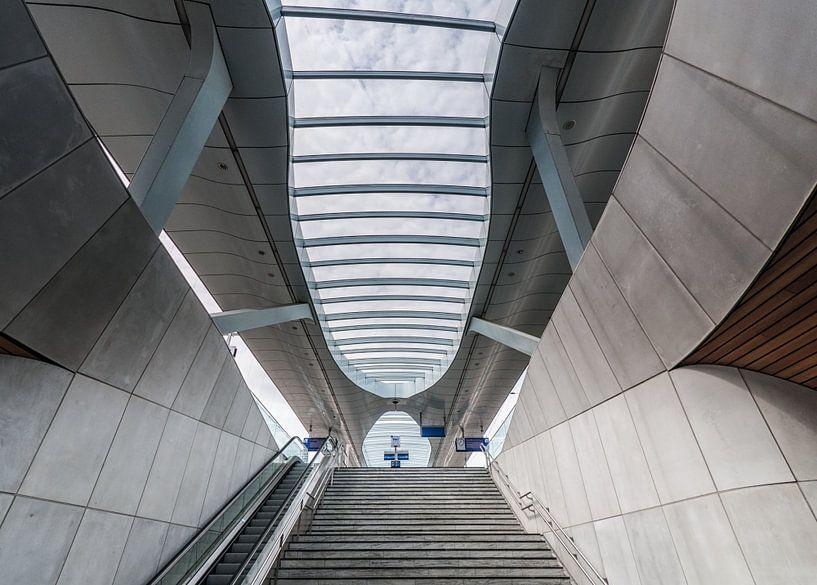 Station Arnhem – Lines and curves van David Pronk