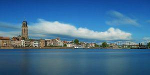 Deventer met blauwe lucht