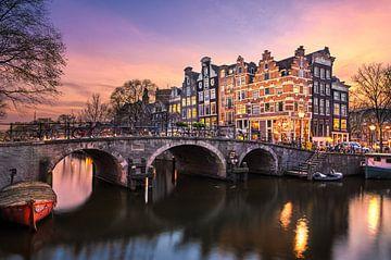 Sonnenuntergang an der Brouwersgracht in Amsterdam von Michael Abid