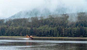 Floatplane landing - Glendale Cove, British Columbia van Joris de Bont