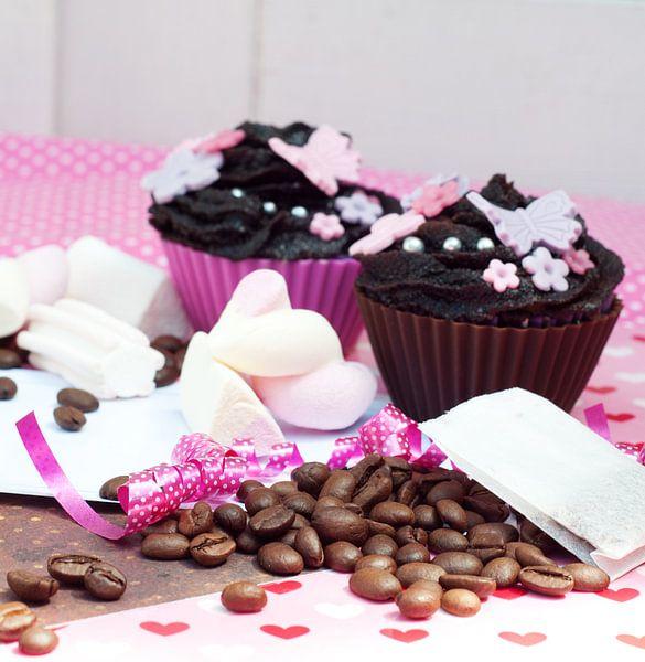 chocolade cupcakes met koffiebonen