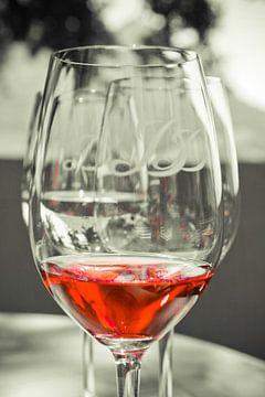 Red Red Wine van Erik van Leyden