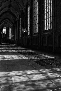 Lichtval in de kerk van