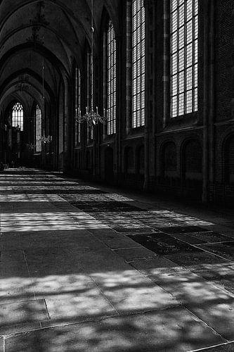 Lichtval in de kerk