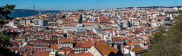 Panorama Lissabon van Ton de Koning