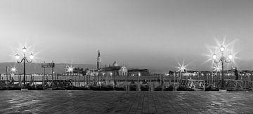 Sonnenaufgang Markusplatz, Venedig, Italien von Henk Meijer Photography