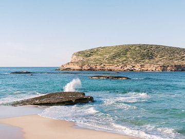 Cala Comte - Het mooiste strand op Ibiza van Youri Claessens