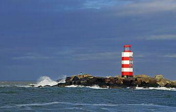 Lighthouse at IJmuiden van Mirjam Hartog