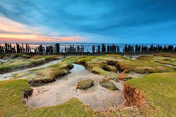 Zonsondergang boven het Nederlandse Wad van Marjo Snellenburg